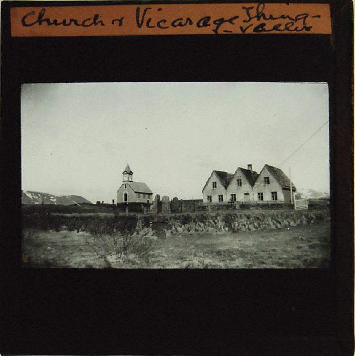 churchvicarage_thingvallir.jpg